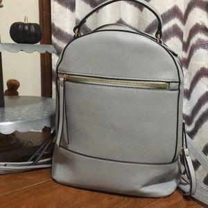 Handbags - EUC gray backpack purse